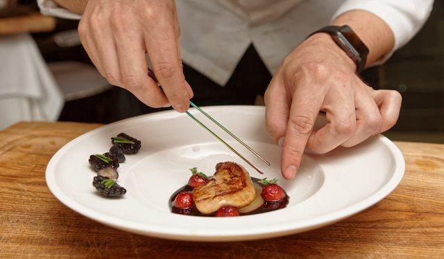 Foie Gras med bärsås